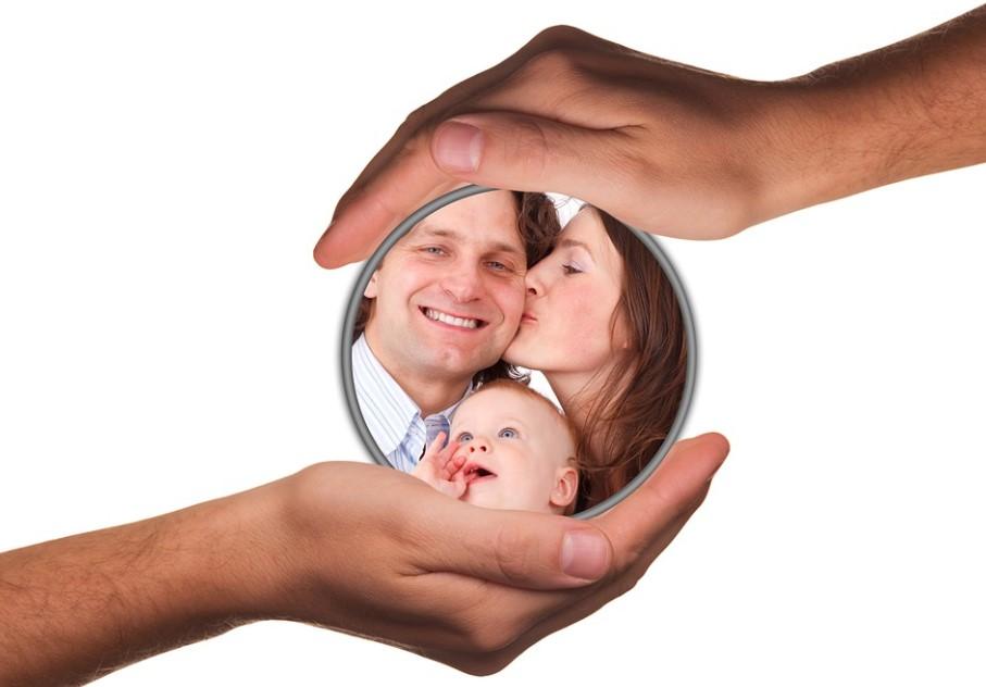 Družinska psihoterapija v pomoč staršem in otrokom